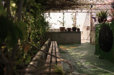 Hostellit - Born Free Hostel - Vista