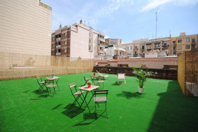 Hostellit - Bed & Bike Barcelona Hostel